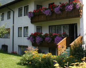Gästehaus Christa Mauerer, Penzióny  Bad Reichenhall - big - 23