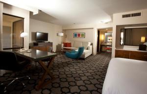 Junior Suite (No Resort Fees)