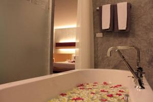 The Now Hotel, Hotely  Jomtien - big - 16