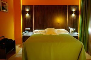 Hotel Gran Via, Szállodák  Zaragoza - big - 9