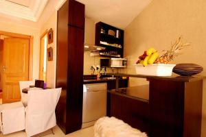 Les Suites de Marrakech - 2, Apartmány  Marakéš - big - 5