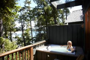 Middle Beach Lodge, Chaty v prírode  Tofino - big - 93