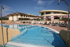 Hotel Resort Lido Degli Aranci, Hotely  Bivona - big - 1
