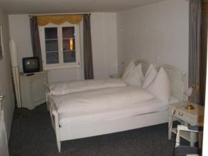Hotel Rhonequelle, Отели  Обервальд - big - 4
