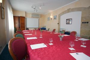 Citotel Le Mirage, Hotely  Istres - big - 31