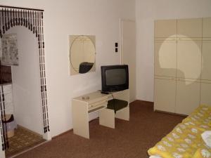 Kis Apartmanház, Apartmány  Hévíz - big - 7