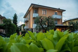 Hotel Fiordaliso - AbcAlberghi.com