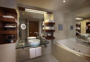 Sofitel Queenstown Hotel & Spa, Szállodák  Queenstown - big - 4