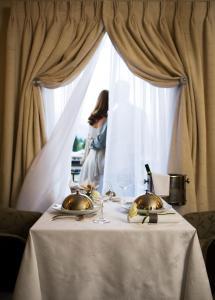 Sofitel Queenstown Hotel & Spa, Szállodák  Queenstown - big - 2