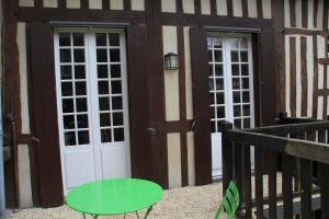 SineQuaNon, Appartamenti  Honfleur - big - 3
