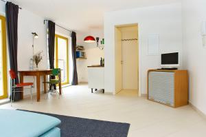 Two-Room Apartment - Spittelmarkt