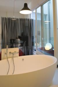 Leopold5 Luxe-Design Apartment, Apartmány  Ostende - big - 53