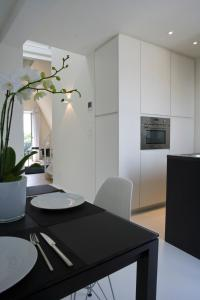 Leopold5 Luxe-Design Apartment, Apartmány  Ostende - big - 46