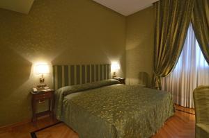 Grand Hotel Vesuvio (40 of 66)