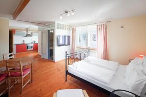 Pytloun Wellness Travel Hotel, Szállodák  Liberec - big - 12