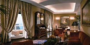 Grand Hotel Vesuvio (17 of 66)