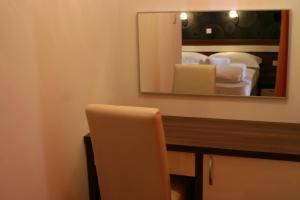 Golden Lakes Rooms, Pensionen  Jezerce - big - 3