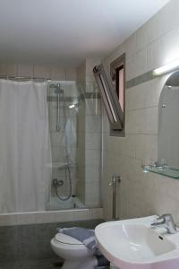 Marinos Beach Hotel-Apartments, Aparthotels  Platanes - big - 13