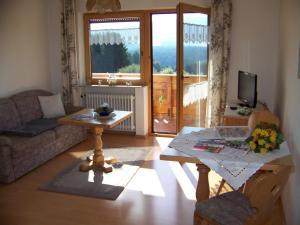 Gästehaus Rachelblick, Apartments  Frauenau - big - 30