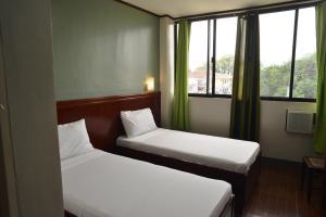 Hotel Carmen at NVC, Hotels  Kalibo - big - 67