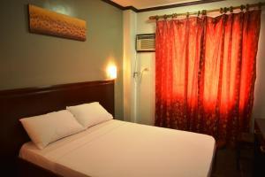 Hotel Carmen at NVC, Hotels  Kalibo - big - 42
