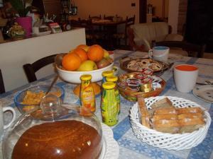 Il Vecchioliveto di Ornella, Bed & Breakfasts  Marrùbiu - big - 5