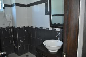 Basa Hotel, Inns  Kalibo - big - 4