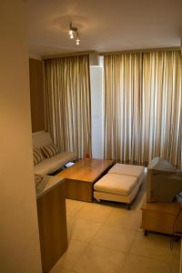 Sunny House Apart Hotel, Apartmanhotelek  Napospart - big - 24
