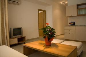 Sunny House Apart Hotel, Apartmanhotelek  Napospart - big - 37