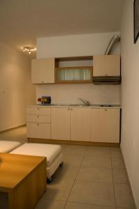 Sunny House Apart Hotel, Apartmanhotelek  Napospart - big - 13