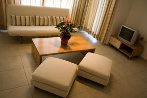 Sunny House Apart Hotel, Apartmanhotelek  Napospart - big - 44