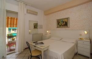 Hotel Euromar, Hotely  Marina di Massa - big - 39
