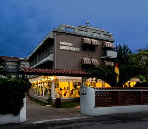 Hotel Euromar, Hotely  Marina di Massa - big - 9