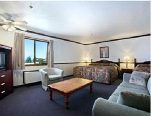 Habitación con 2 camas grandes