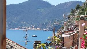 Rina Rooms, Guest houses  Vernazza - big - 15