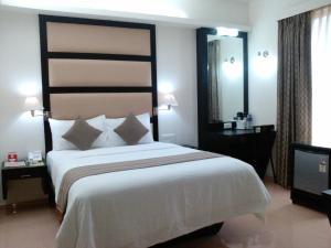 Pattom Royal Hotel, Отели  Тривандрум - big - 3