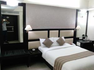 Pattom Royal Hotel, Отели  Тривандрум - big - 5