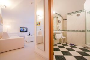 Hotel Savoy, Hotely  Caorle - big - 26