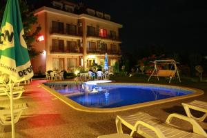Family Hotel Vega, Hotels  St. St. Constantine and Helena - big - 31