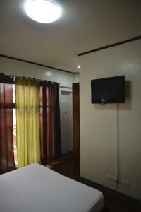 Hotel Carmen at NVC, Hotels  Kalibo - big - 63