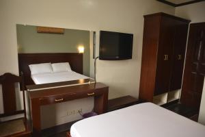 Hotel Carmen at NVC, Hotels  Kalibo - big - 31