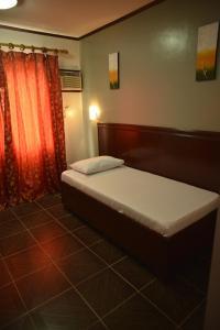 Hotel Carmen at NVC, Hotels  Kalibo - big - 19