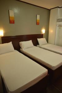 Hotel Carmen at NVC, Hotels  Kalibo - big - 16