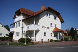 Hotel Edel
