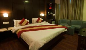 Hotel Aura, Отели  Нью-Дели - big - 83