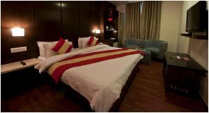 Hotel Aura, Отели  Нью-Дели - big - 93