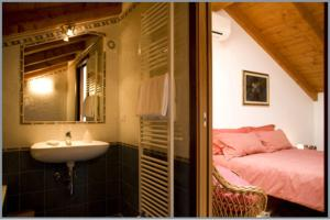 B&B Corte Alfier, Bed & Breakfast  Mortegliano - big - 3