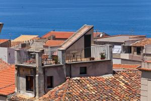Palazzo Villelmi, Bed and breakfasts  Cefalù - big - 59