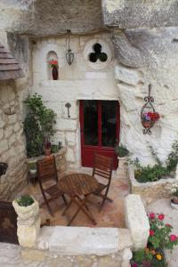 Les Chambres d'Hôtes Troglo du Rossignolet, Panziók  Loches - big - 12