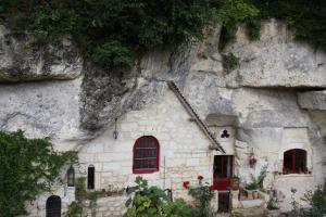 Les Chambres d'Hôtes Troglo du Rossignolet, Panziók  Loches - big - 16